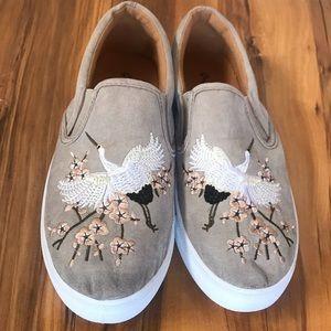 Lulus flats sneakers stork flowers size 8 1/2